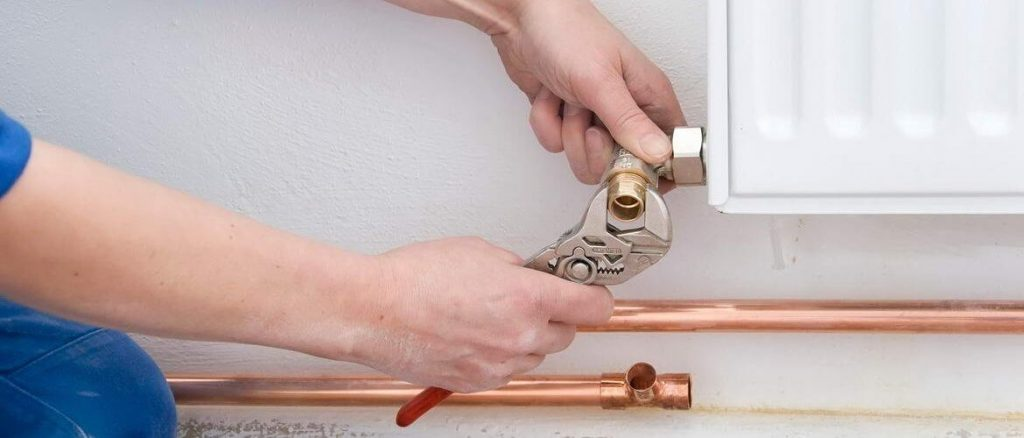 Montaggio e sostituzione termosifoni